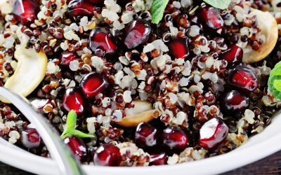Quinoa and chickpea salad with pomegranite & mint