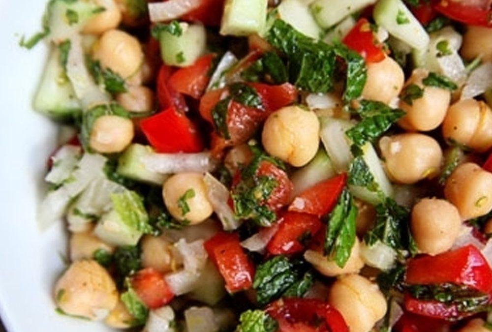 Summer chickpea salad with mint & lemon