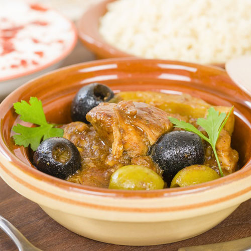 Chicken with olives and peppers